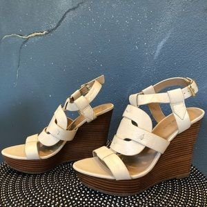 Comfortable leather wedges